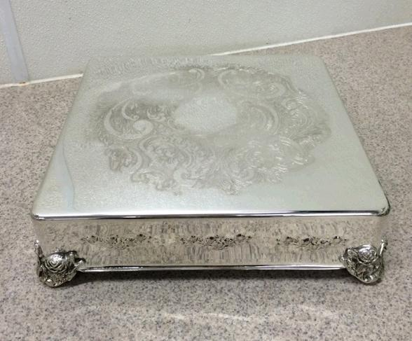 Where to find CAKE STAND SILVER 14  SQUARE in Stevens